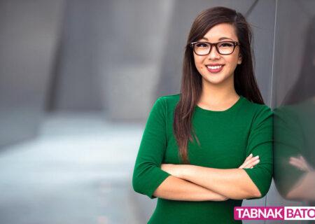 ممنوعیت عینک زدن زنان در شرکتهای ژاپنی !
