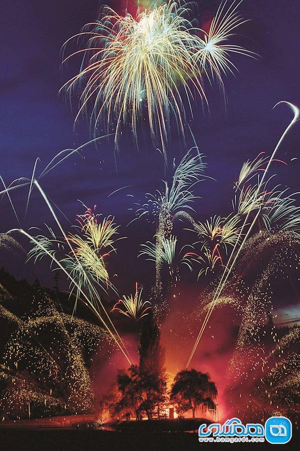 آتش بازی های تابستانی در شب های شنبه