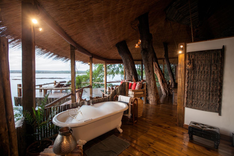 هتل خانه درختی تانگابزی