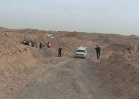 جنازه کودکی که سگ ها دریدند+ عکس/در میبد یزد تیکه پاره شد