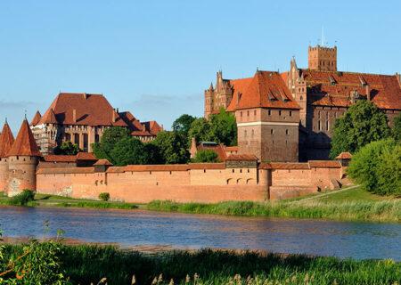 معرفی قلعه مالبورک در لهستان یکی از بزرگ ترین قلعه جهان