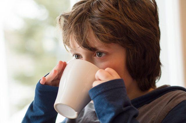 نوشیدن قهوه برای نوجوانان ضرر دارد؟