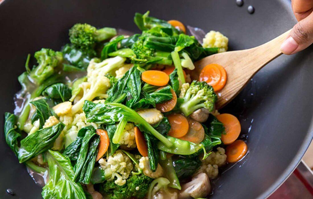 نکات بهداشتی در مصرف غذاها/از مصرف غذاهای خام و نیمه خام بپرهیزید