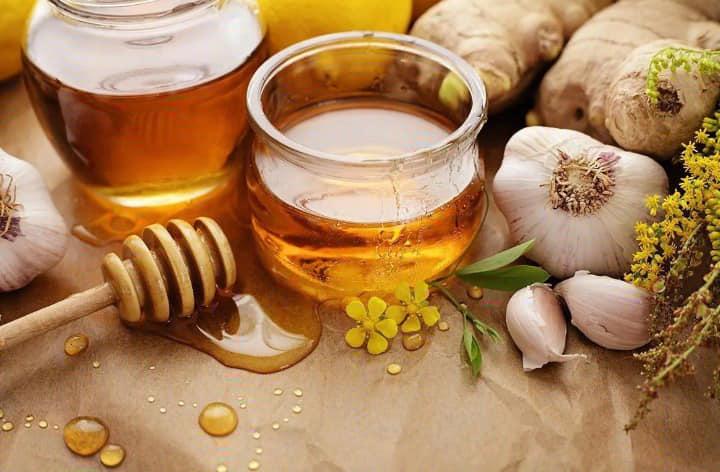 خواص عسل طبیعی که معجزه می کند