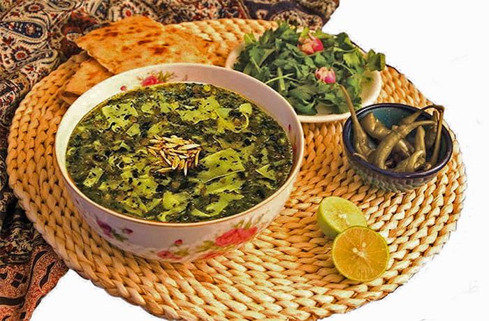 آش لخشک مشهد یکی دیگر از غذاهای سنتی مشهد