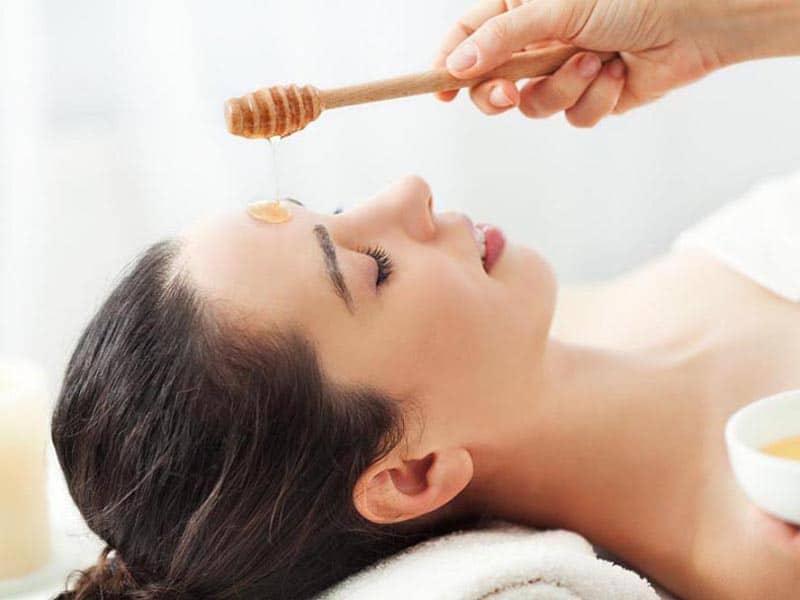 بهبود مشکلات پوستی با عسل
