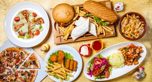 کاهش مصرف فست فودها و غذاهای پر کالری خانگی