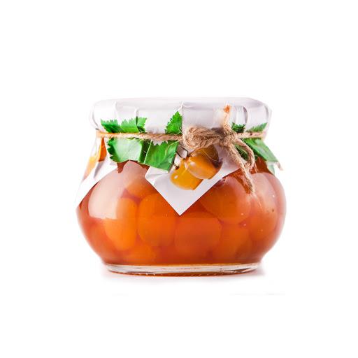 مربای گیلاس سفید یکی از سوغاتی های کشور آذربایجان