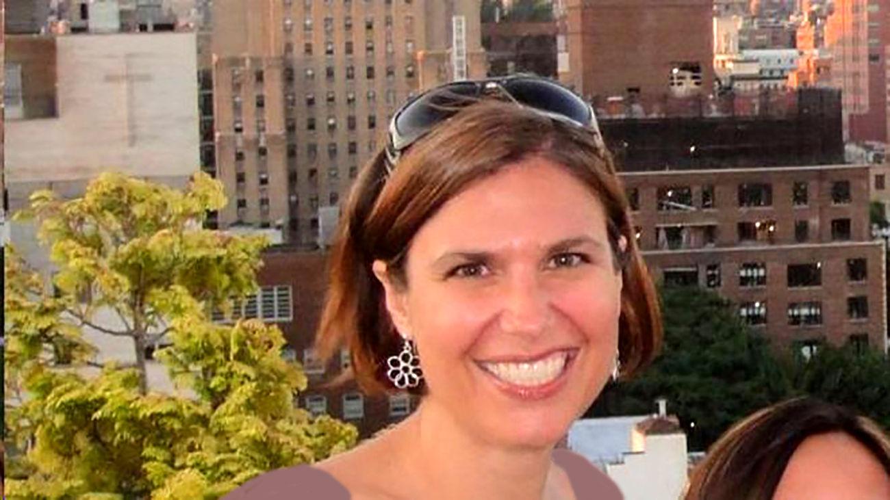 خودکشی خانم دکتر بخش ویژه کرونایی ها ! / او از مرگ کرونایی ها کم آورد + عکس / امریکا
