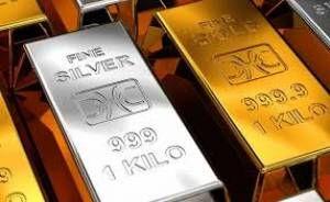 چرا نسبت بهای طلا به نقره همچنان رکورد میزند؟
