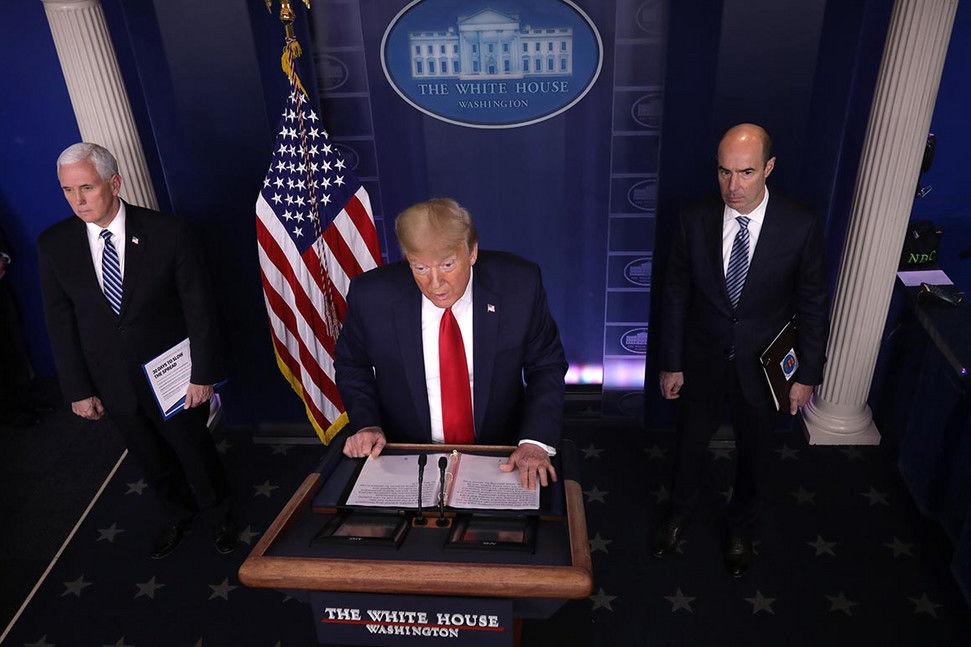 «برای نمایش هفتهای یکبار کافیست!»؛ ترامپ بالاخره همحزبیهایش را هم کلافه کرد
