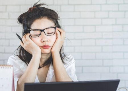 احساس خستگی میکنید؟ چند راهکار برای رفع خستگی