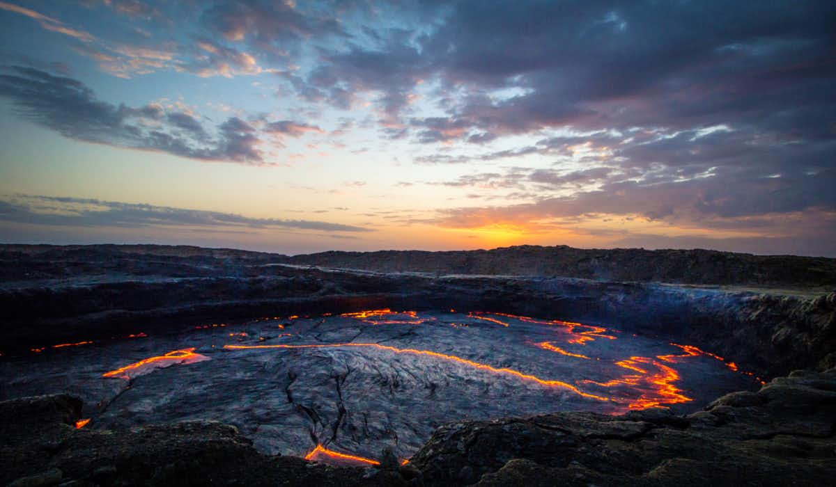 گودال آتشین آفار/خطرناک ترین مکان های دنیا