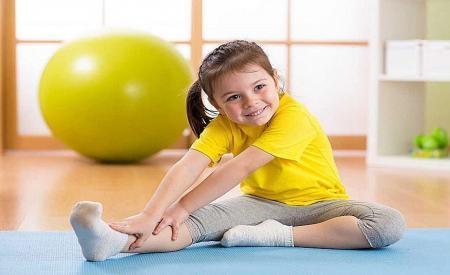 چه ورزشهایی به افزایشِ قد کودکان کمک میکند؟