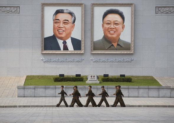شایعه دوباره  مرگ کیم جونگ اون وبرداشته شدن مجسمه ها و تصاویر رهبران کره شمالی