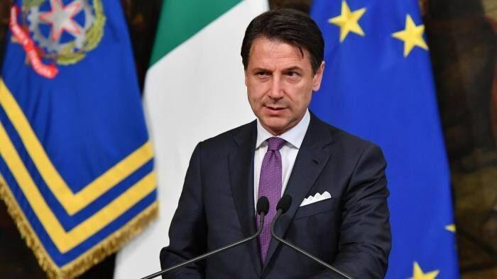 عذرخواهی نخست وزیر ایتالیا از مردم برای مشقات اقتصادی