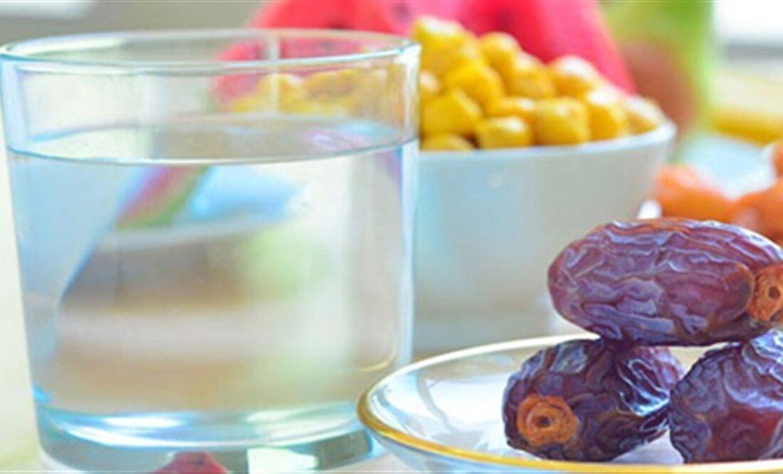 از افطار تا سحر چقدر آب بنوشیم تا نیاز بدن تامین شود