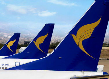 خانم دکتر چرا از پرواز بوشهر اخراج شد / واکنش شرکت هواپیمایی به اقدام کرونایی