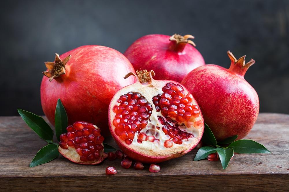 درمان غلظت خون با انار