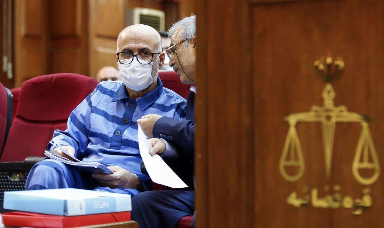 وکیل طبری ارتباط موکلش با «محمد انوشه» را تکذیب کرد!/ واکنش نماینده دادستان به ادعای آقای وکیل