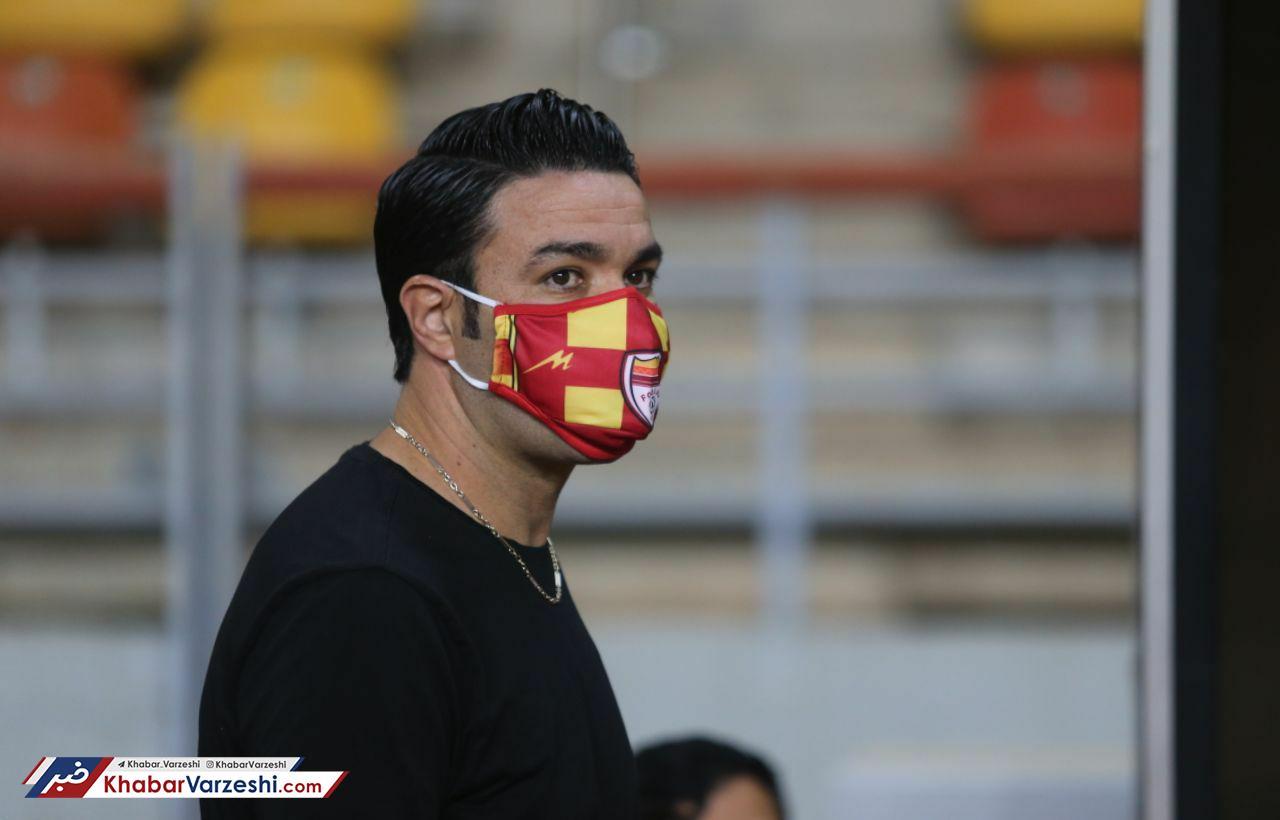 نکونام: لیگ معضل فوتبال ایران شده است