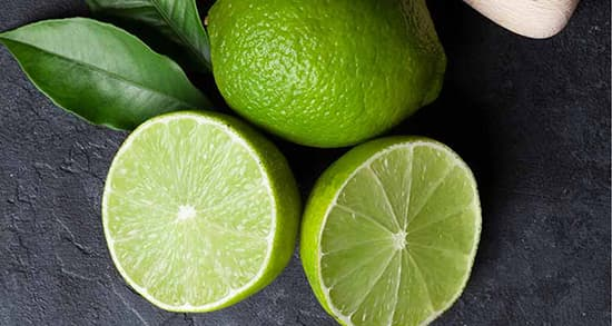 لایه برداری از پوست با لیمو ترش