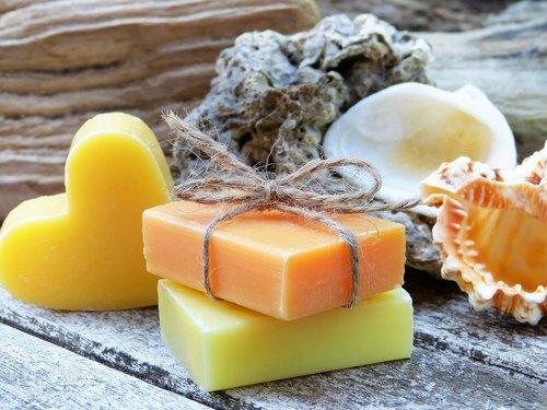 آموزش تهیه صابون طبیعی در خانه؛ یک مهارت لذتبخش برای اوقات فراغت