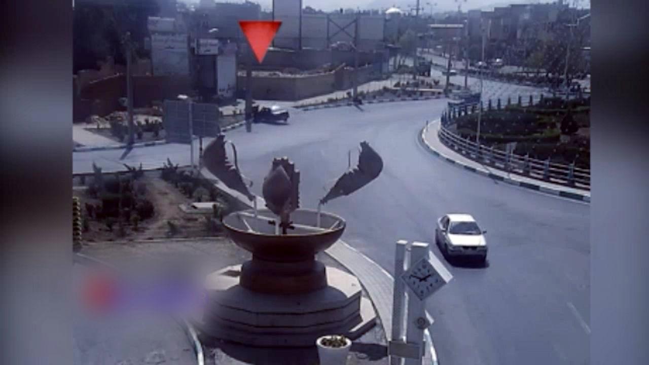 تصادف وحشتناک ۴۰۵ با عابران پیاده در یزد + فیلم