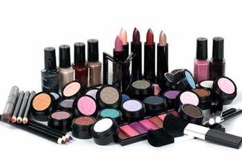 شناسایی ترکیبات سمی در کرمهای آرایشی موجود در بازار کشور + اسامی محصولات تقلبی