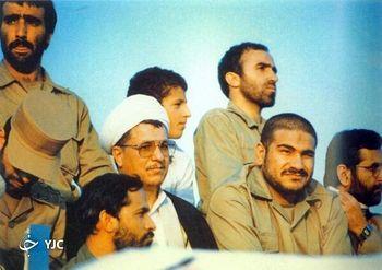 عکس  آیت الله هاشمی، حسن روحانی و شمخانی در لباس نظامی