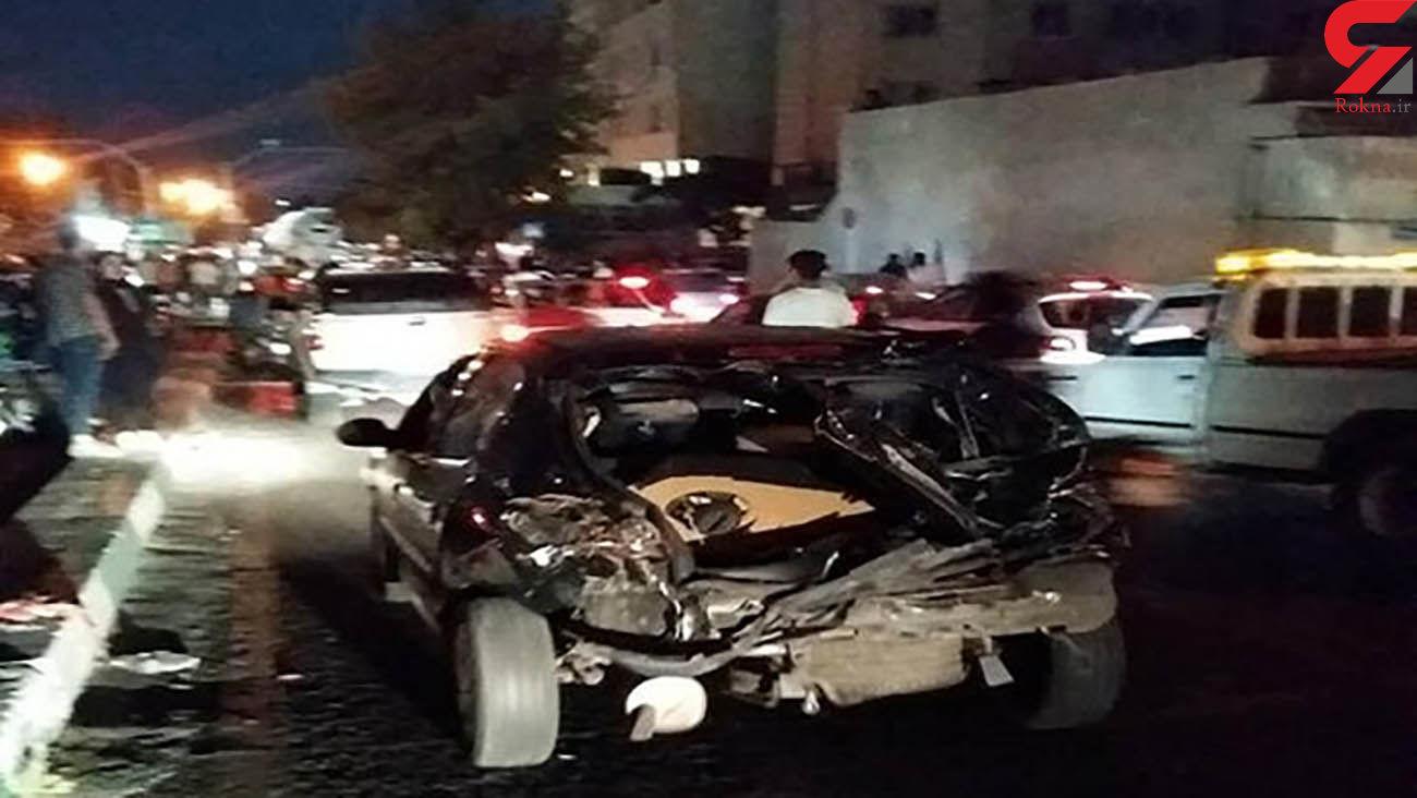 عکس های دلهره آور / کامیون 16 خودرو را در مجیدیه تهران در هم کوبید