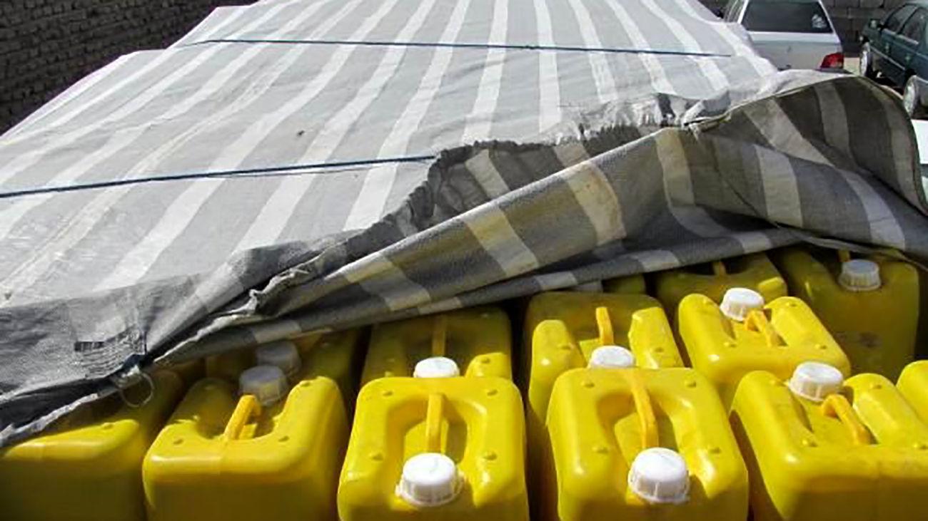 کشف ۱۲۰۰ لیتر روغن خوراکی قاچاق در  میرجاوه