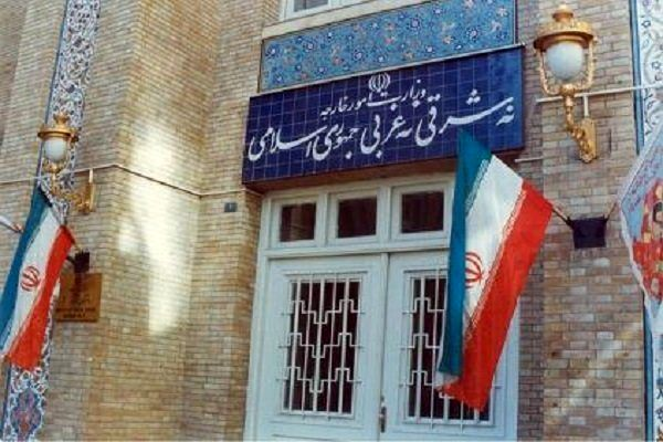 کرونا با تحریمهای آمریکا در ایران بدتر است