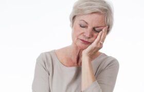 کاهش ریزش مو در یائسگی با موثرترین راهکارها