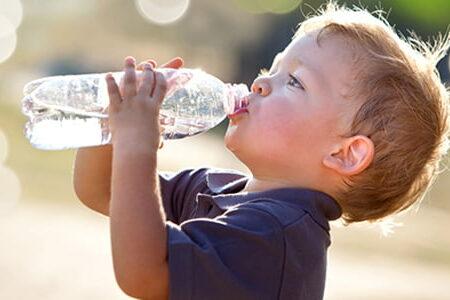 گرمازدگی کودکان/محافظت از کودکان در این روزهای داغ