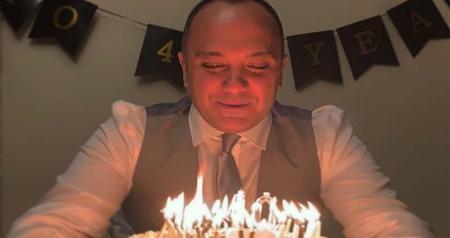 جشن تولد ۴۰ سالگی مجری ممنوع التصویر تلویزیون + عکس