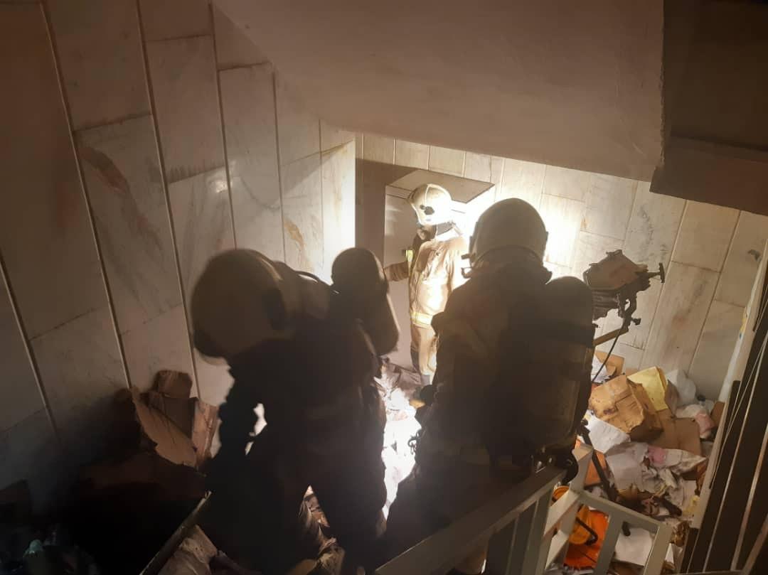آتش سوزی بیمارستان ۷ طبقه در قلب تهران / بامداد امروز رخ داد +تصاویر
