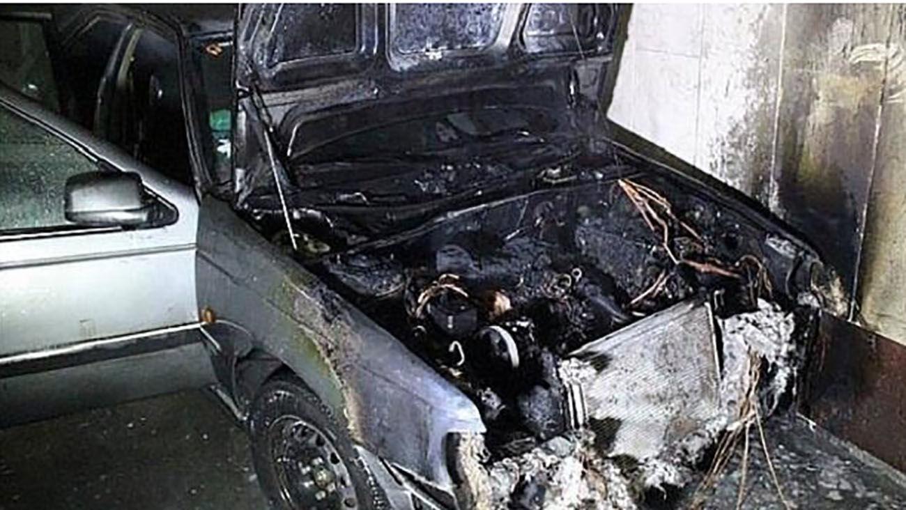 آتش سوزی عجیب پژو ۴۰۵ در تالش / خطر مرگ از بیخ گوش راننده گذشت + عکس