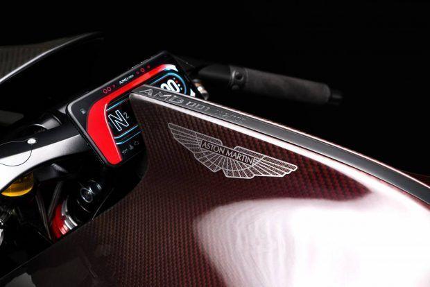 با اولین موتورسیکلت استون مارتین آشنا شوید +عکس