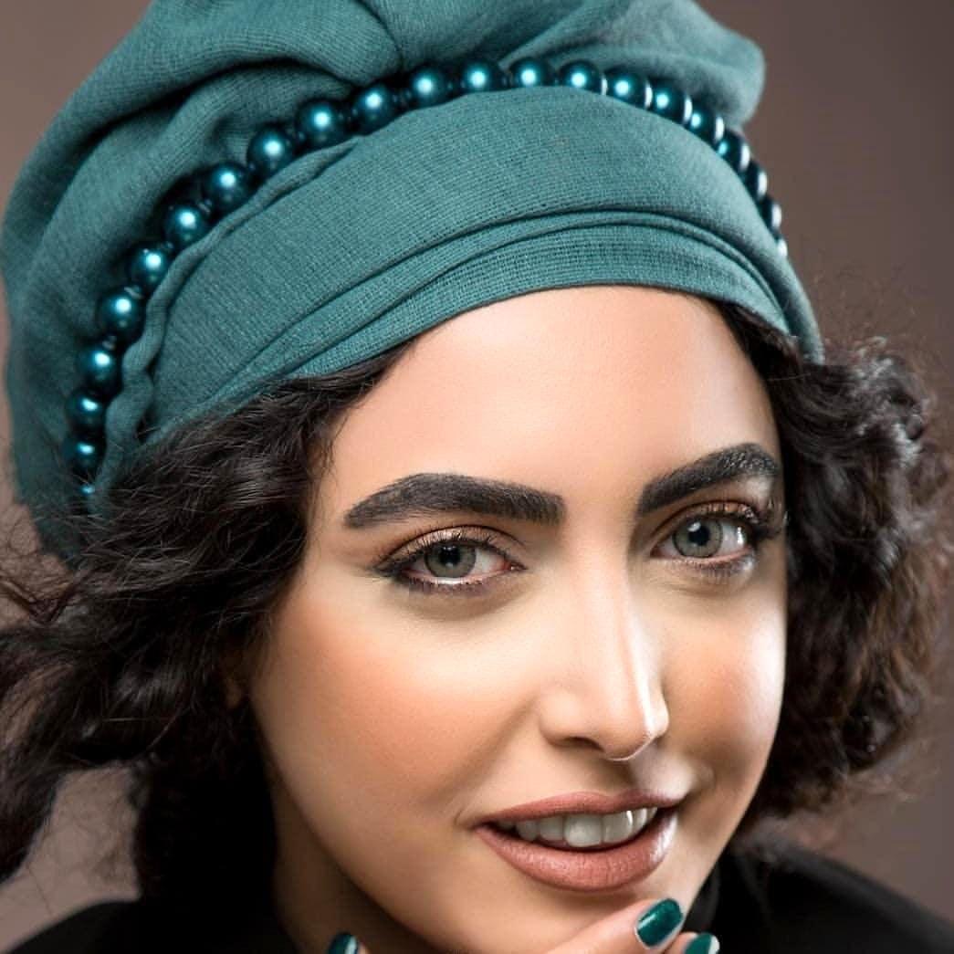 ساناز طاری از خلوتگاه شیطانی آقای کارگردان گریخت! / چرا کشف حجاب کردم + عکس
