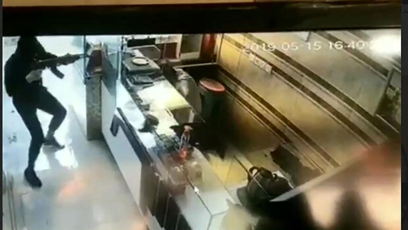 حمله دزدان نقابدار مسلح با ۳ خودرو به طلافروشی در شهرری / دقایقی پیش رخ داد + جزئیات