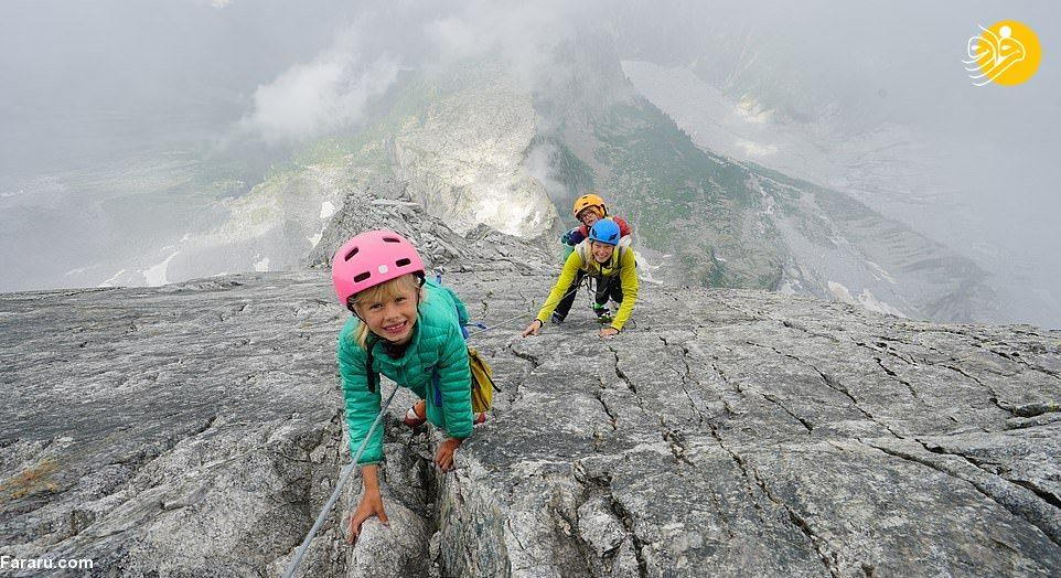صعود دو کودک ۳ و ۷ ساله به قله سه هزار متری! + عکس