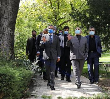 قدم زدن ظریف و سیاستمدار خارجی معروف+ عکس