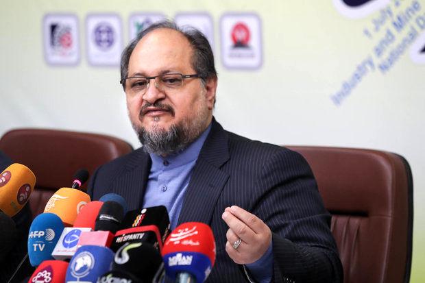 واکنش وزیر کار به  متناسب سازی حقوق بازنشستگان اجرای عدالت