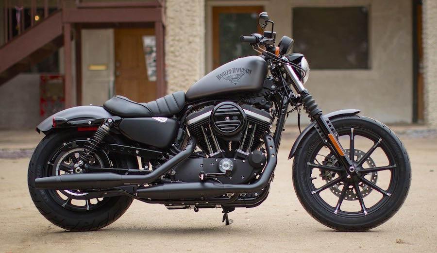 موتورسیکلت هارلی دیویدسون که به صدای غرشش معروف است +عکس