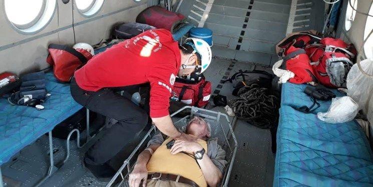 پرواز هلیکوپتر امداد برای نجات ۲ کوهنورد در ارتفاعات شمال تهران و قله دماوند + جزئیات و تصاویر