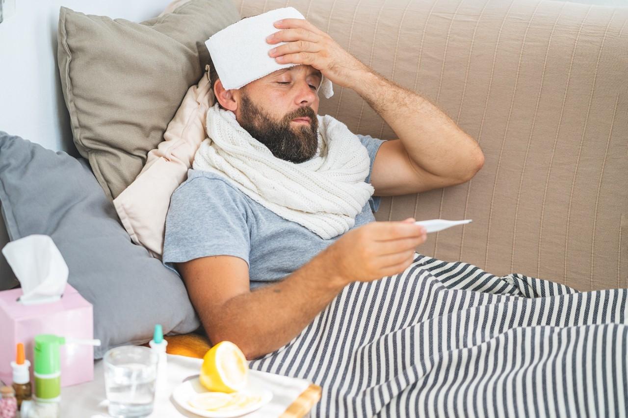 بیمار سرماخوردگی آنفلوانزا کرونا