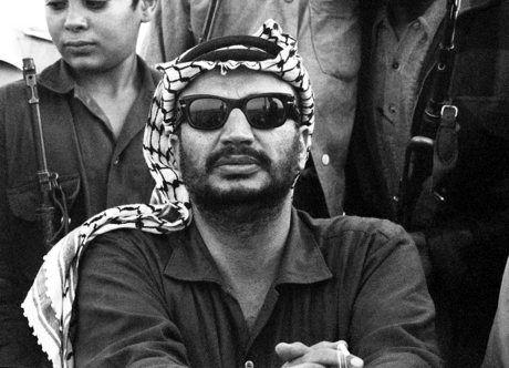 تهدید همسر یاسر عرفات؛ یادداشتهای همسرم را فاش کنم، برخی مقامات آتش خواهند گرفت!