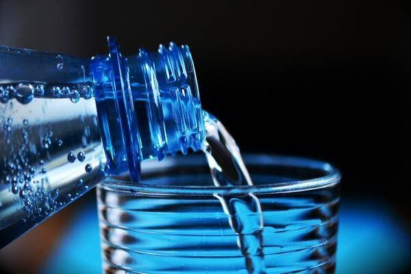 ۱۰ نوشیدنی سرطانزا که باید از خوردن آن اجتناب کنید
