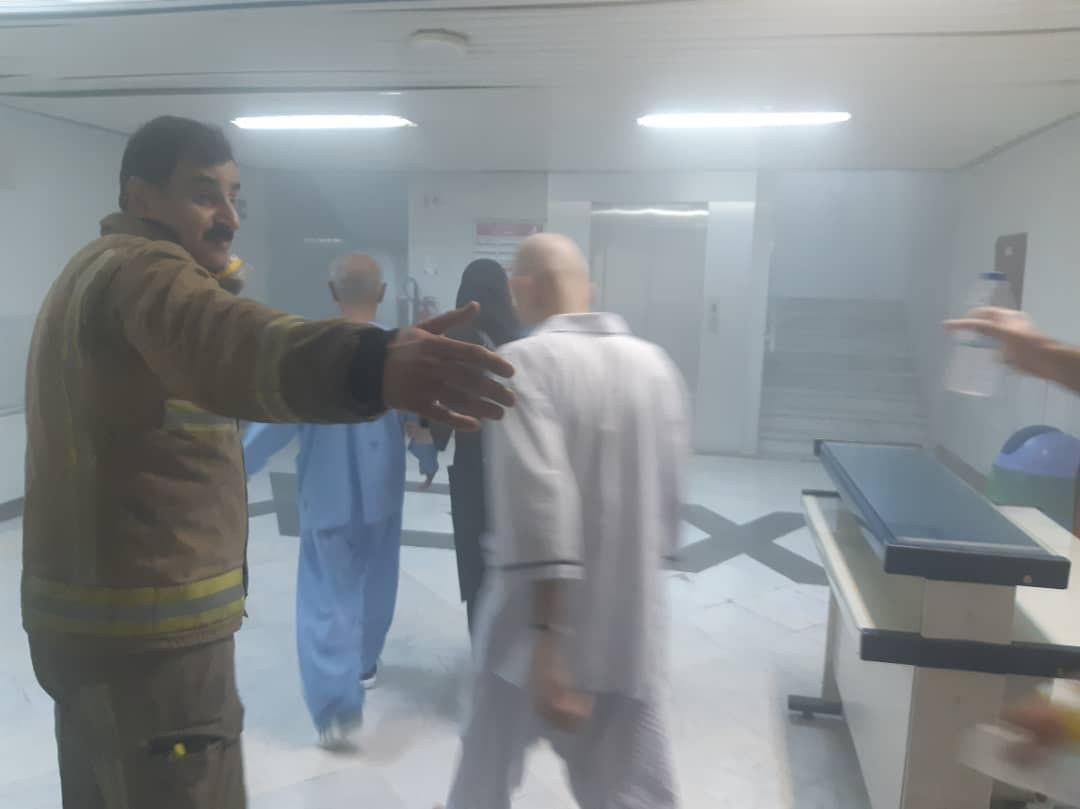 خروج بیماران در آتش سوزی